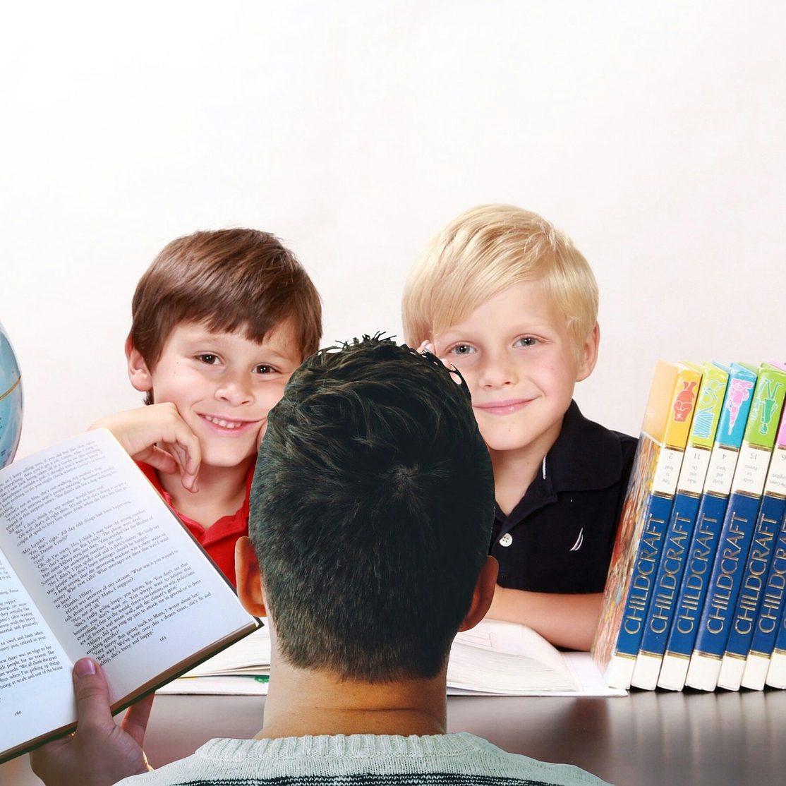 teacher-3802135_1920